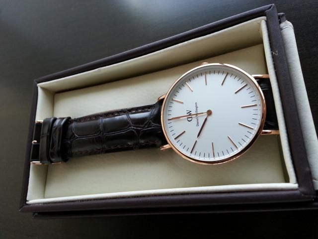 8 dấu hiệu nhận biết chính xác đồng hồ Daniel Wellington chính hãng