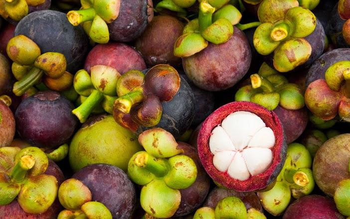 Cách nhận biết hoa quả bị chín ép do chất kích thích độc hại