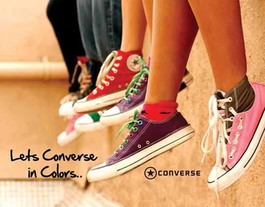 Quan sát logo thân giày để phân biệt giày converse chính hãng