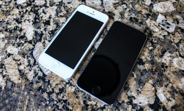 Thiết kế của Iphone 5 thường và Iphone 5s về cơ bản là giống nhau