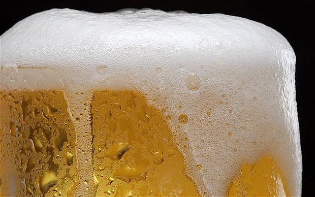 Phân biệt bia Hà Nội thật giả bằng mắt thường