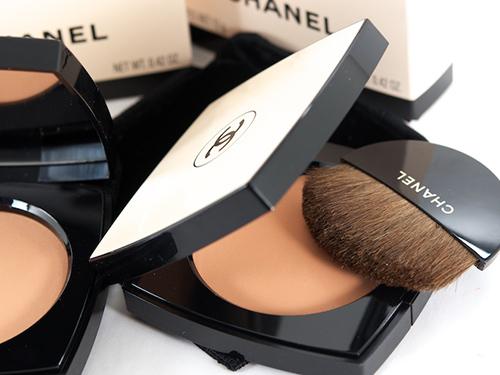 Phân biệt phấn mắt Chanel