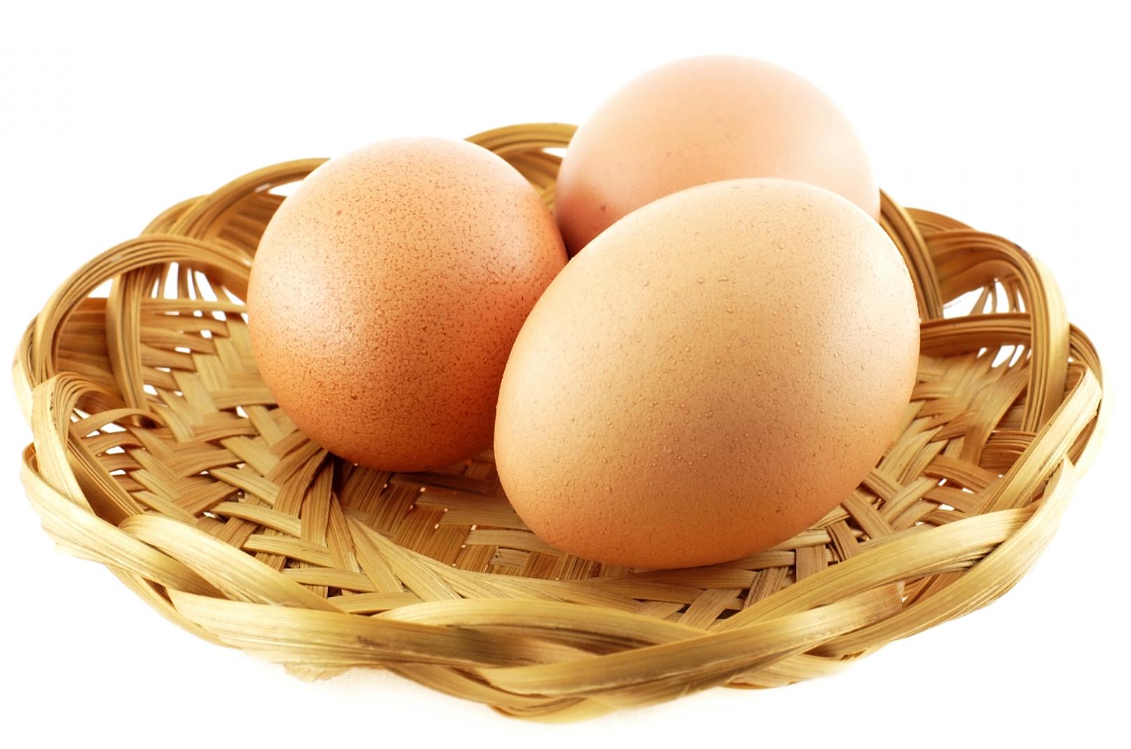 4 cách phân biệt trứng gà ta và trứng gà trung quốc.