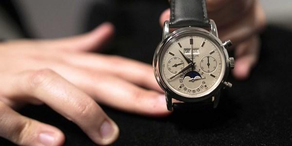 Đồng hồ cần được lựa chọn cận thận trước khi mua
