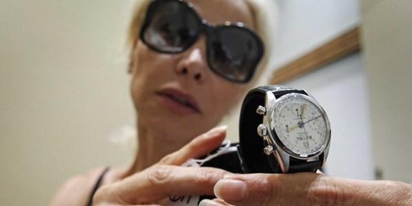 Bí kíp phân biệt đồng hồ Thật và Giả