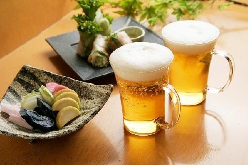 Bia thật có màu vàng óng