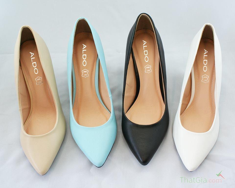 """Cách phân biệt giày VNXK """"xịn"""" chuẩn nhất"""