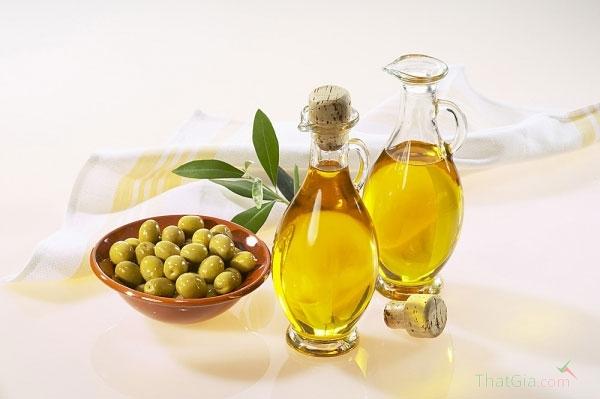 5 bước nhận biết dầu oliu nguyên chất