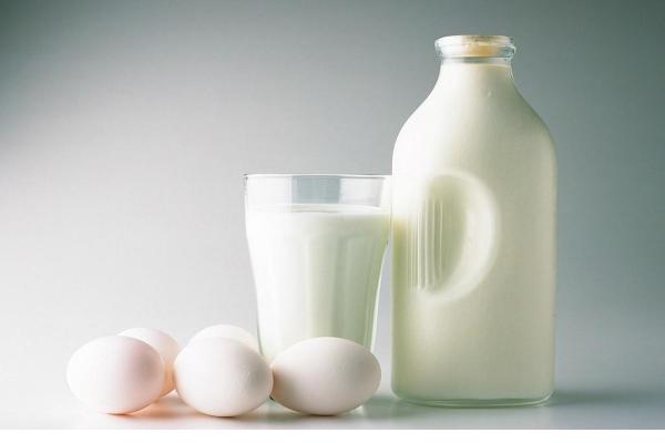 Sữa tươi mua về nên dùng ngay
