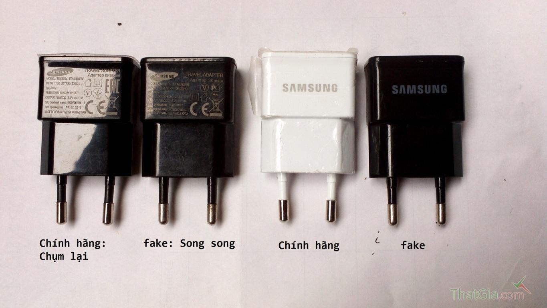 Sạc Samsung chính hãng 2 chân sạc khụm lại