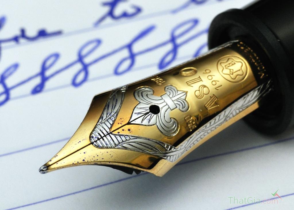 Bút Montblanc xịn luôn có ngòi bút khác biệt so với bút Montblanc fake