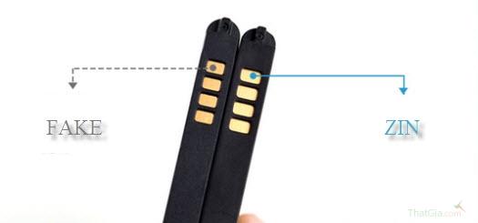 Trên lõi đồng pin chính hãng có sẽ ánh vàng không ánh đồng như pin nhái