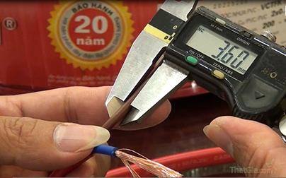 Thước cặp dùng để đo đường kính vỏ bọc dây điện