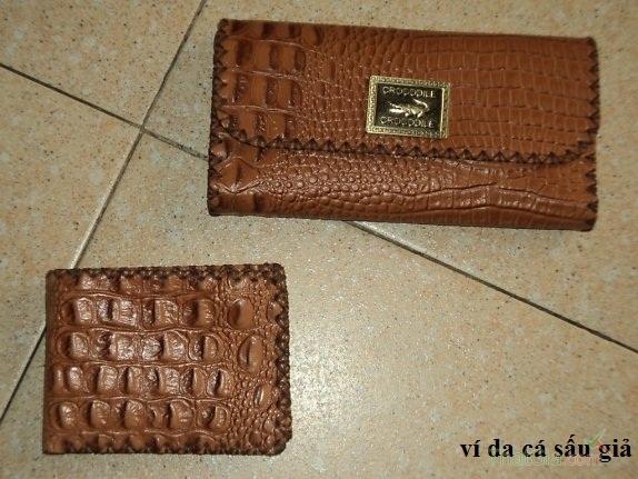 Giúp bạn mua được ví da cá sấu nữ Thật Giả đơn giản nhất