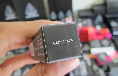 son-kem-3ce-lip-lacquer-blackstage-3