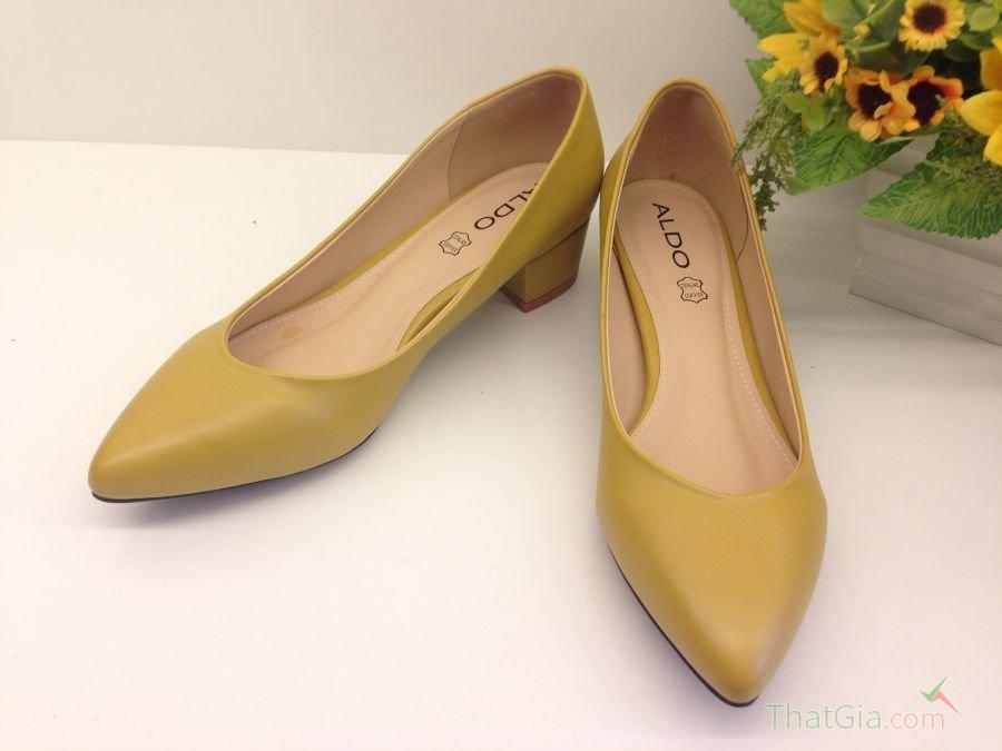 Kinh nghiệm phân biệt giày VNXK Thật Giả đơn giản