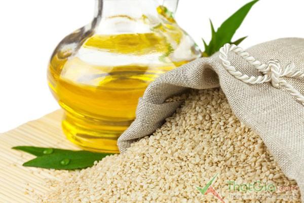 Mẹo hay nhận biệt dầu ăn Thật
