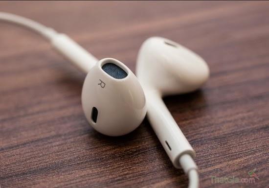 Mang loa tai nghe iphone 5 chính hãng có màu xanh