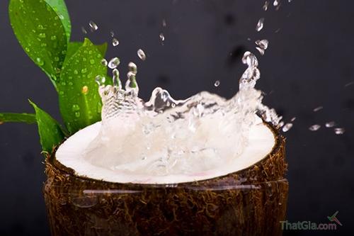 Ung thư vì uống nước dừa tươi ngâm chất tẩy trắng - ảnh 2
