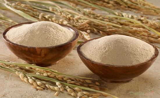 Phân biệt cám gạo nguyên chất và cám gạo bị pha