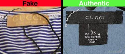 So sánh mác của hai sản phẩm fake (bên trái) và thật (authentic- bên phải)