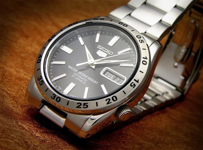 Đồng hồ nam Seiko đẳng cấp