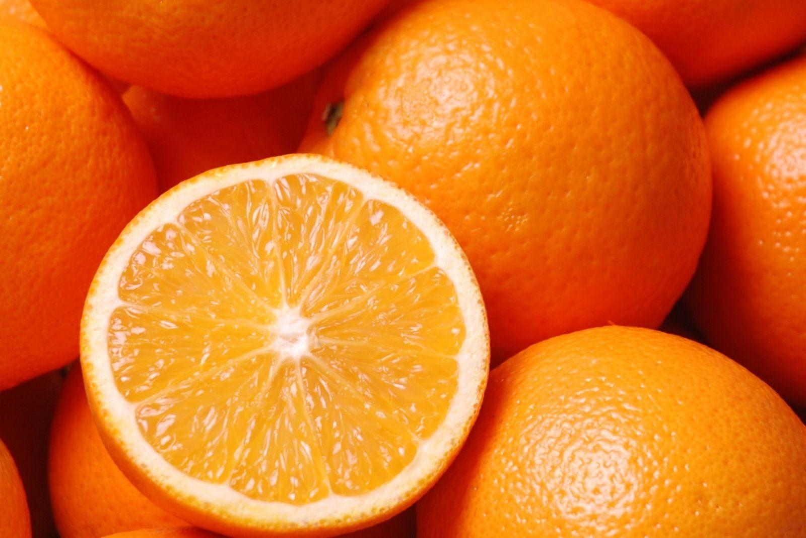 Mẹo phân biệt cam Trung Quốc và cam Việt Nam